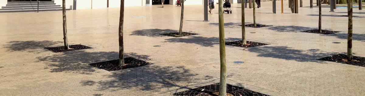 header-tree-grates